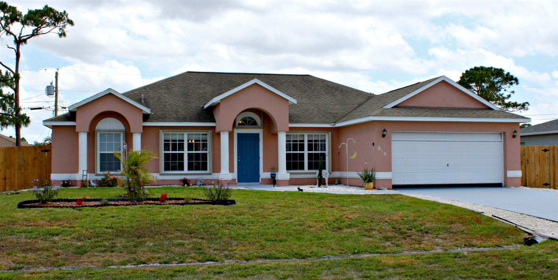 810 SW Nichols Terrace, Port Saint Lucie, FL 34953 - MLS#: RX-10714788