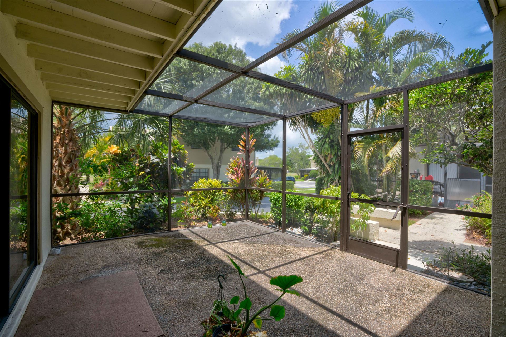 Photo of 7437 SE Jamestown Terrace #1304, Hobe Sound, FL 33455 (MLS # RX-10733789)