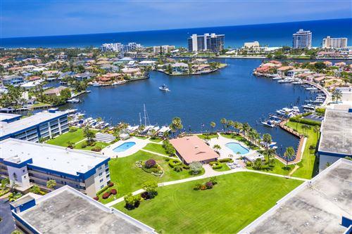 Photo of 951 Spanish Circle #145-F, Delray Beach, FL 33483 (MLS # RX-10636790)