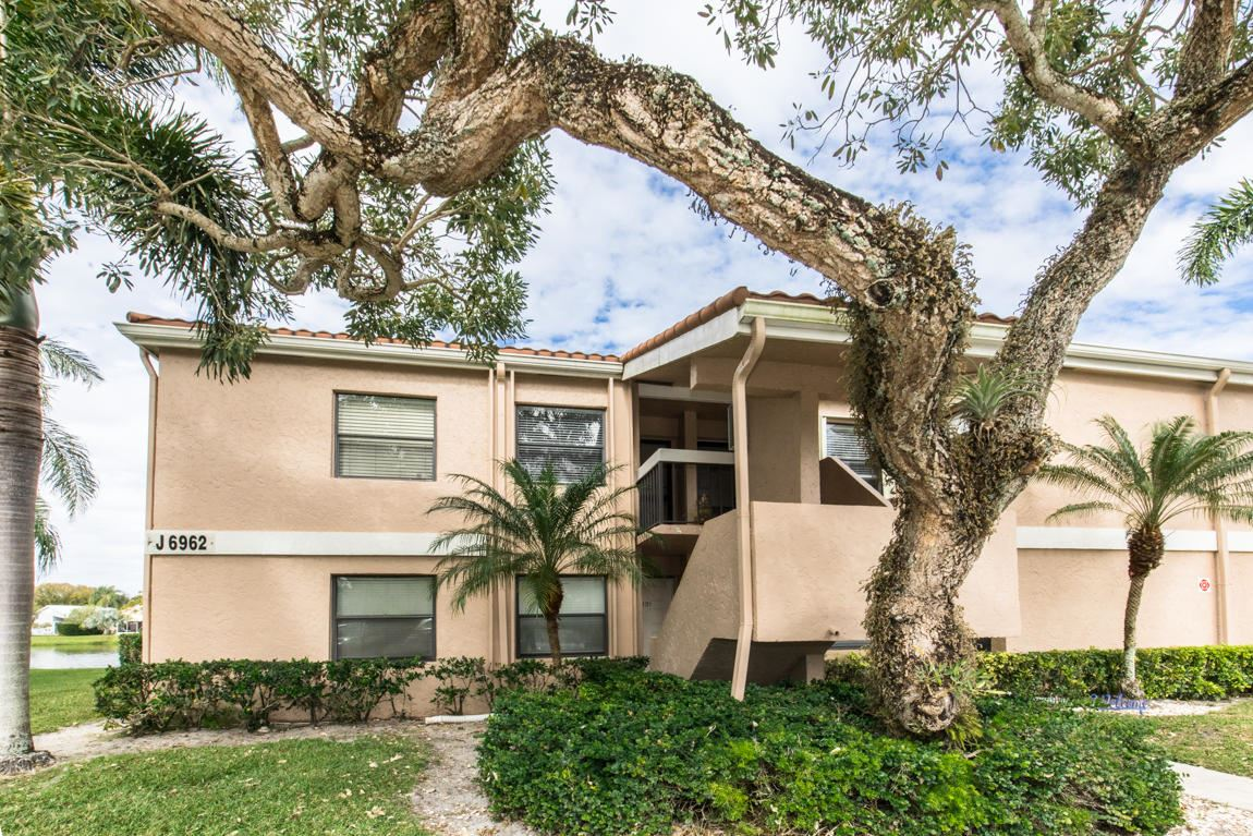 6962 Briarlake Circle #202, Palm Beach Gardens, FL 33418 - #: RX-10685790
