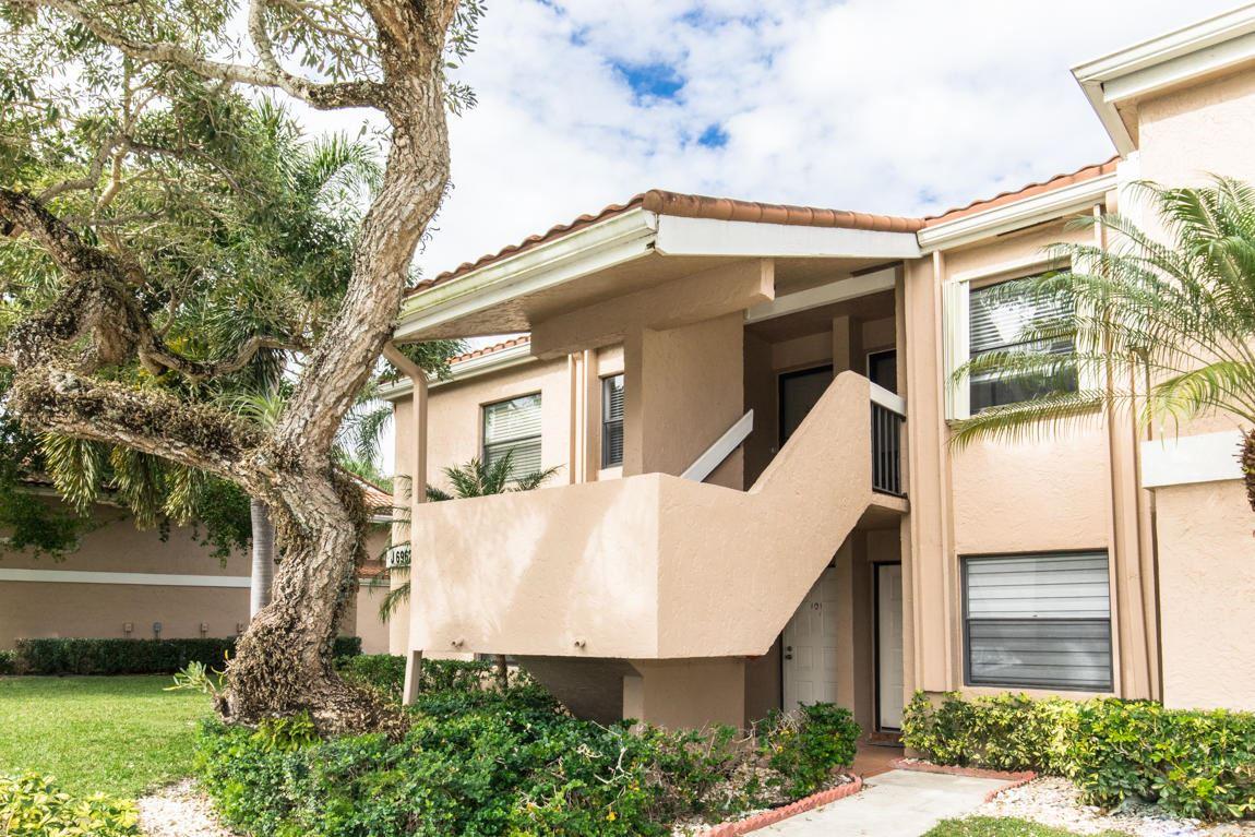 Photo of 6962 Briarlake 202 Circle #202, Palm Beach Gardens, FL 33418 (MLS # RX-10685790)