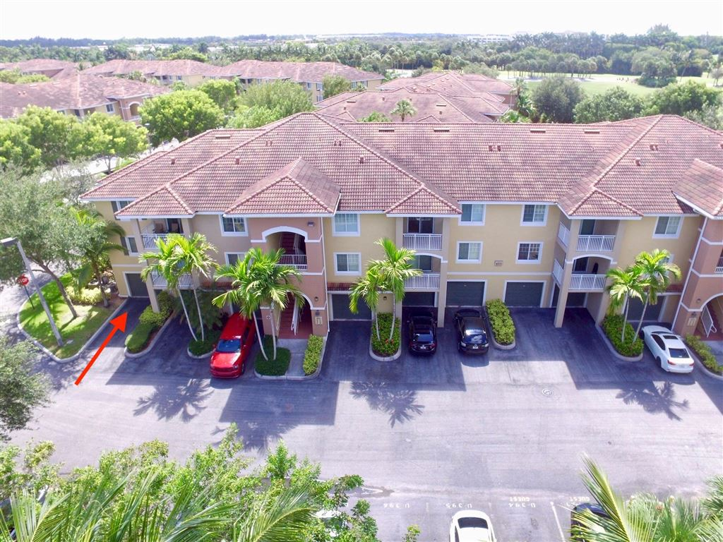 Photo 1 of Listing MLS rx-10555790 in 6511 Emerald Dunes Drive #108 West Palm Beach FL 33411