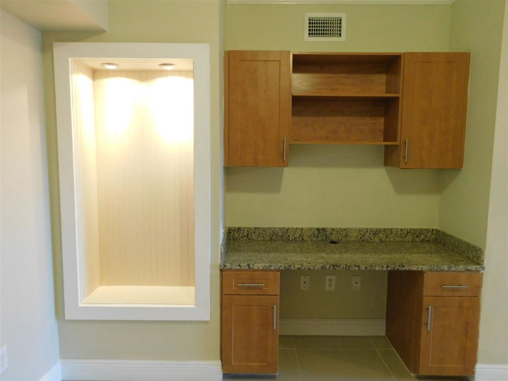 Photo 12 of Listing MLS rx-10555790 in 6511 Emerald Dunes Drive #108 West Palm Beach FL 33411