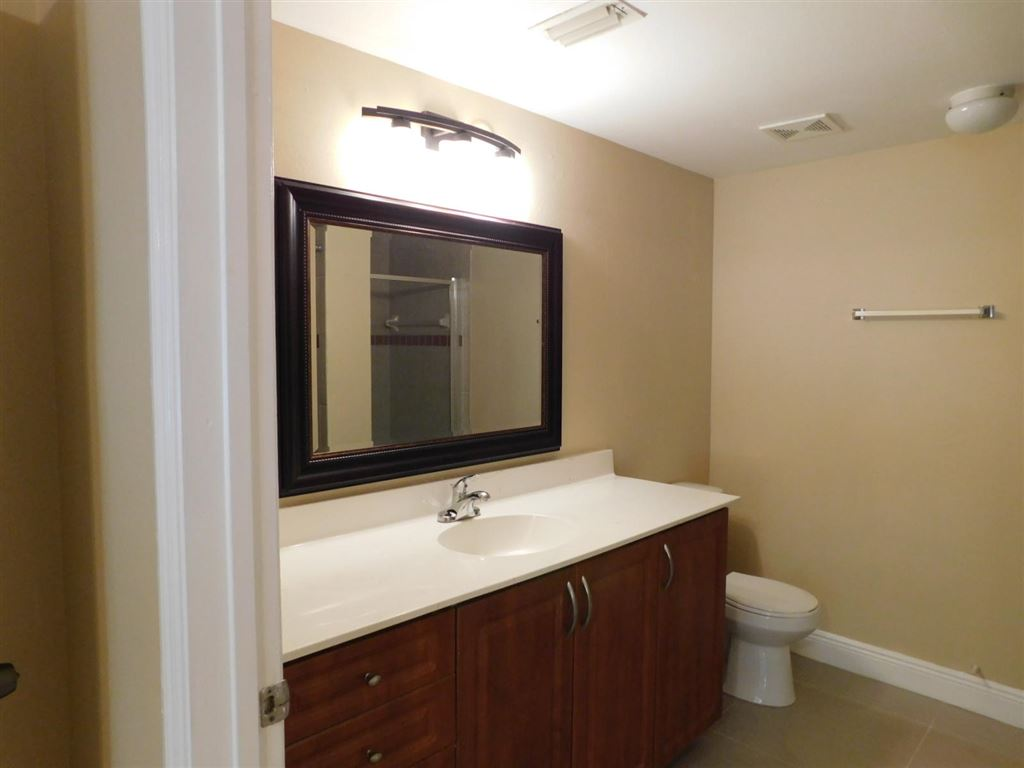 Photo 17 of Listing MLS rx-10555790 in 6511 Emerald Dunes Drive #108 West Palm Beach FL 33411