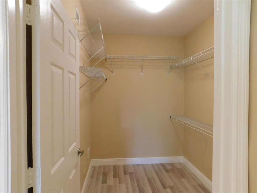 Photo 20 of Listing MLS rx-10555790 in 6511 Emerald Dunes Drive #108 West Palm Beach FL 33411