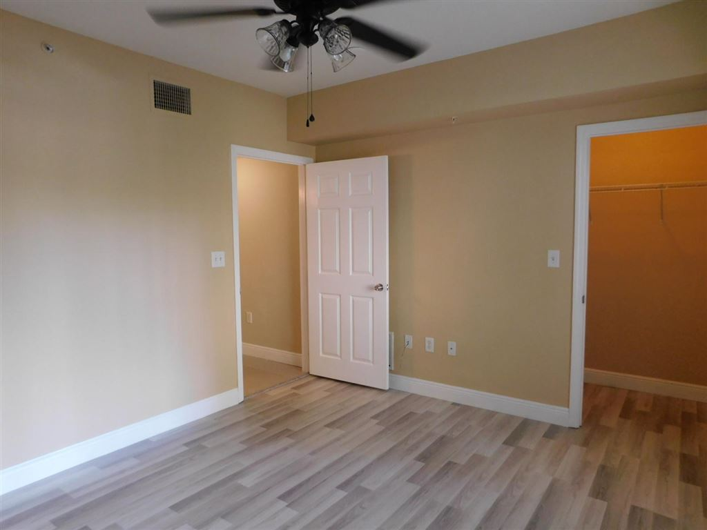 Photo 21 of Listing MLS rx-10555790 in 6511 Emerald Dunes Drive #108 West Palm Beach FL 33411