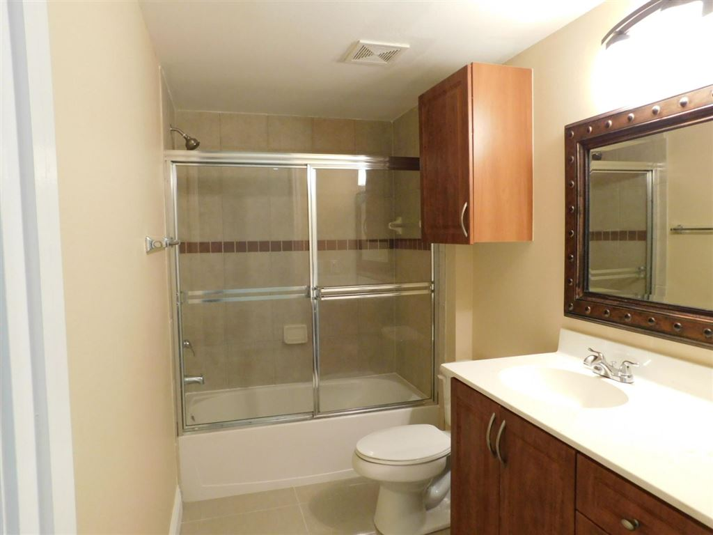 Photo 24 of Listing MLS rx-10555790 in 6511 Emerald Dunes Drive #108 West Palm Beach FL 33411