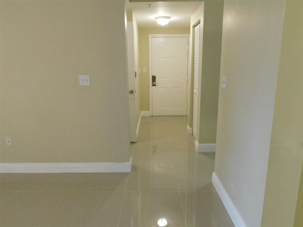 Photo 25 of Listing MLS rx-10555790 in 6511 Emerald Dunes Drive #108 West Palm Beach FL 33411