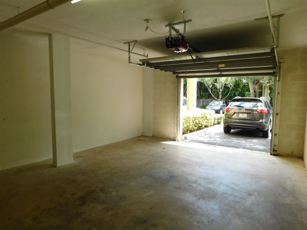 Photo 31 of Listing MLS rx-10555790 in 6511 Emerald Dunes Drive #108 West Palm Beach FL 33411