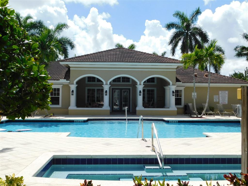 Photo 34 of Listing MLS rx-10555790 in 6511 Emerald Dunes Drive #108 West Palm Beach FL 33411