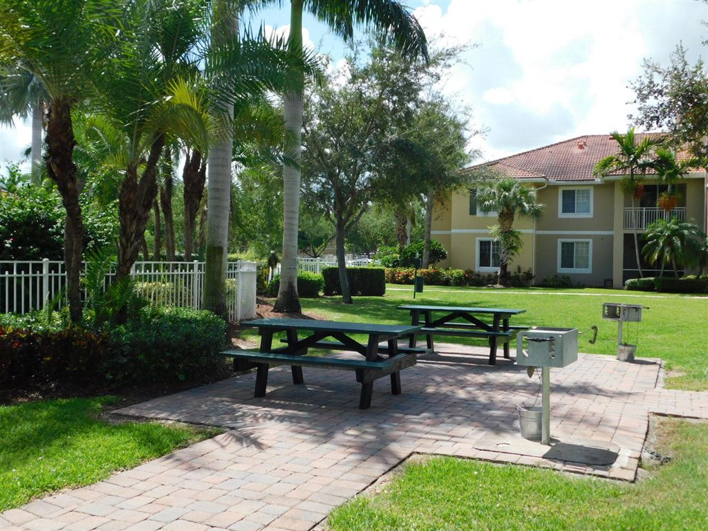 Photo 36 of Listing MLS rx-10555790 in 6511 Emerald Dunes Drive #108 West Palm Beach FL 33411