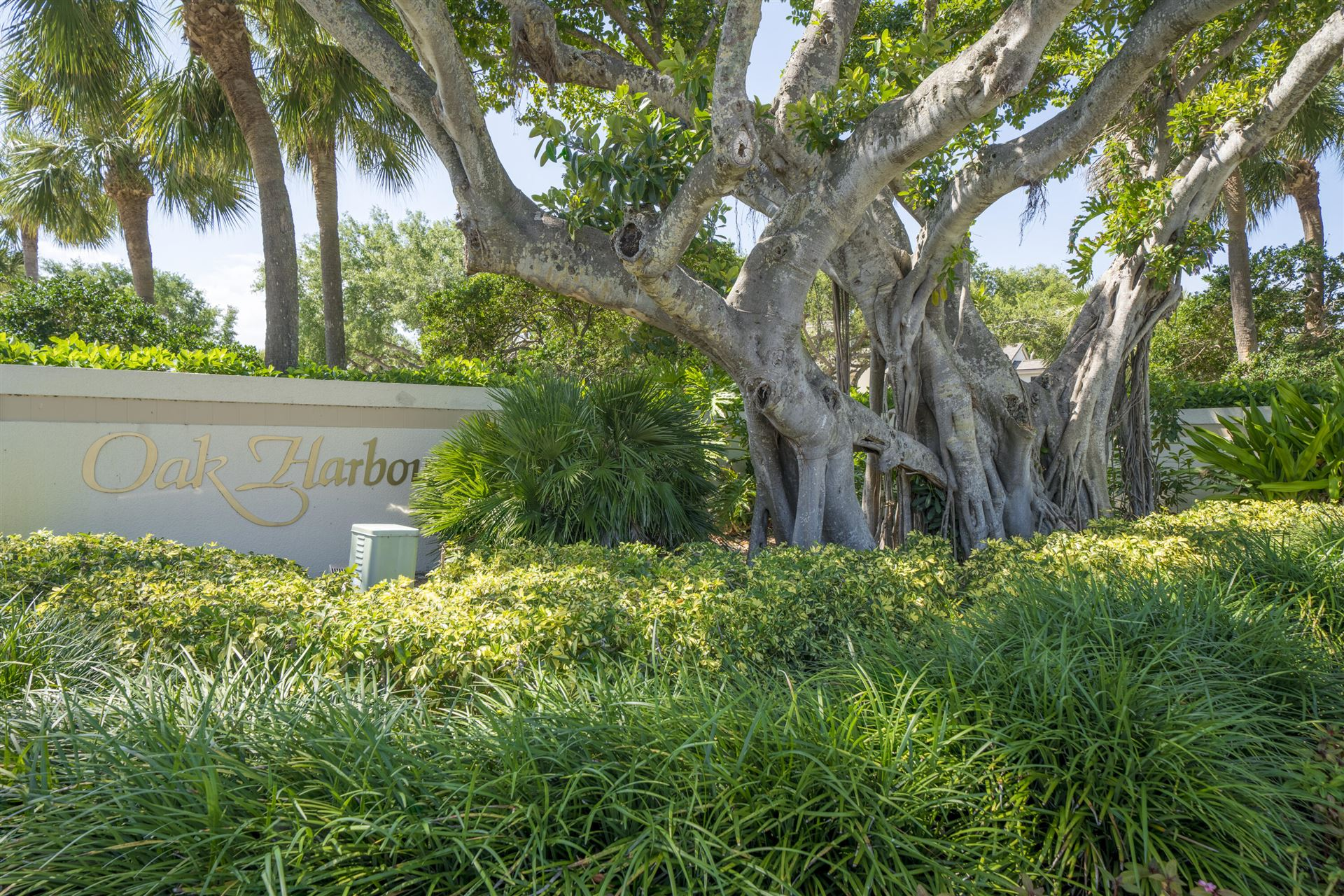 Photo of 925 Oak Harbour Drive #925, Juno Beach, FL 33408 (MLS # RX-10708791)