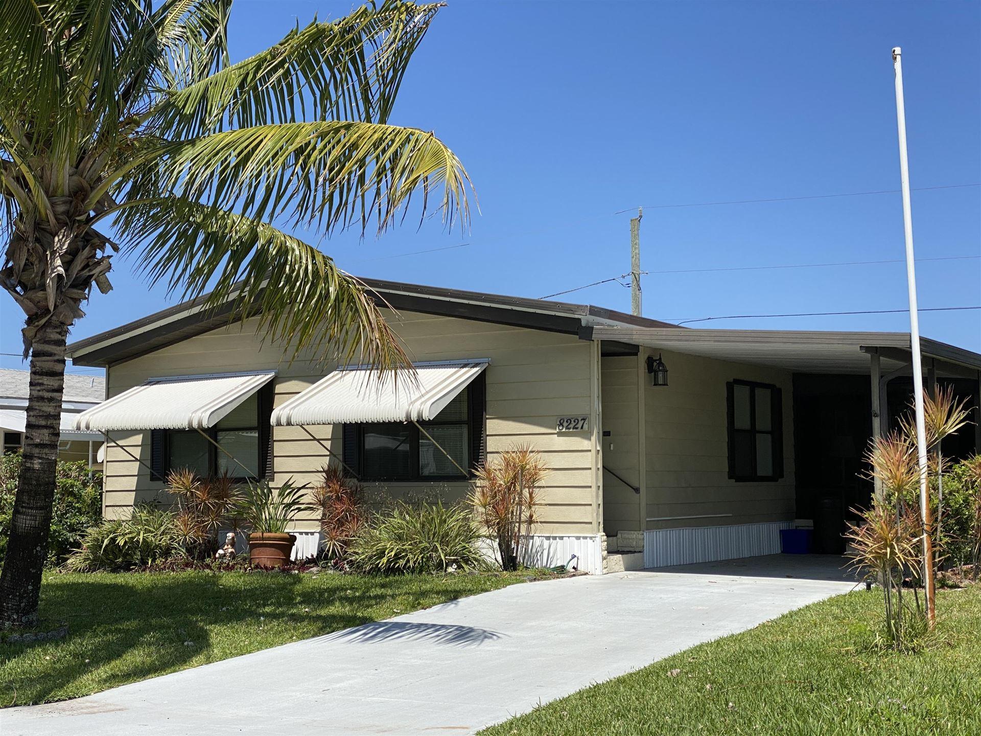8227 SE Swan Avenue, Hobe Sound, FL 33455 - #: RX-10708793