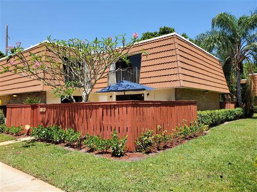 Photo of 2873 SW 11 Place, Deerfield Beach, FL 33442 (MLS # RX-10708796)