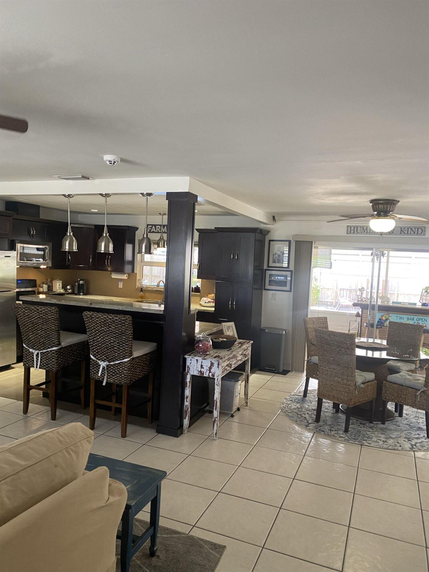 Photo of 1123 SE 4th Avenue SE, Deerfield Beach, FL 33441 (MLS # RX-10732798)