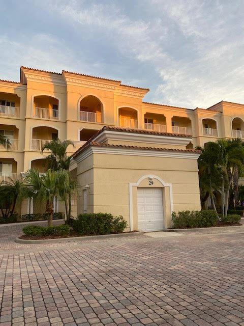29 Harbour Isle Drive W #Ph-4, Fort Pierce, FL 34949 - MLS#: RX-10742801