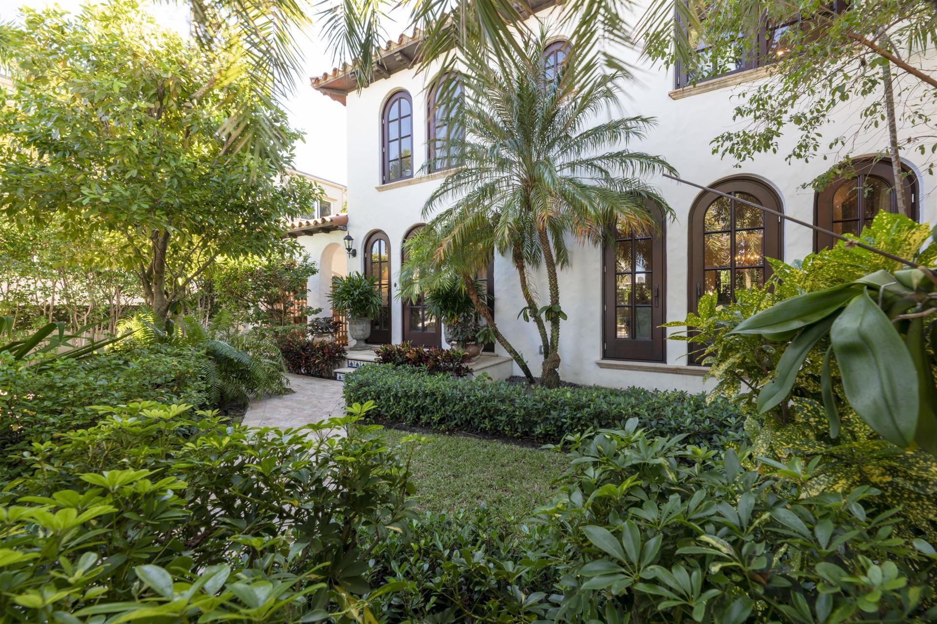 212 Australian Avenue, Palm Beach, FL 33480 - #: RX-10676804