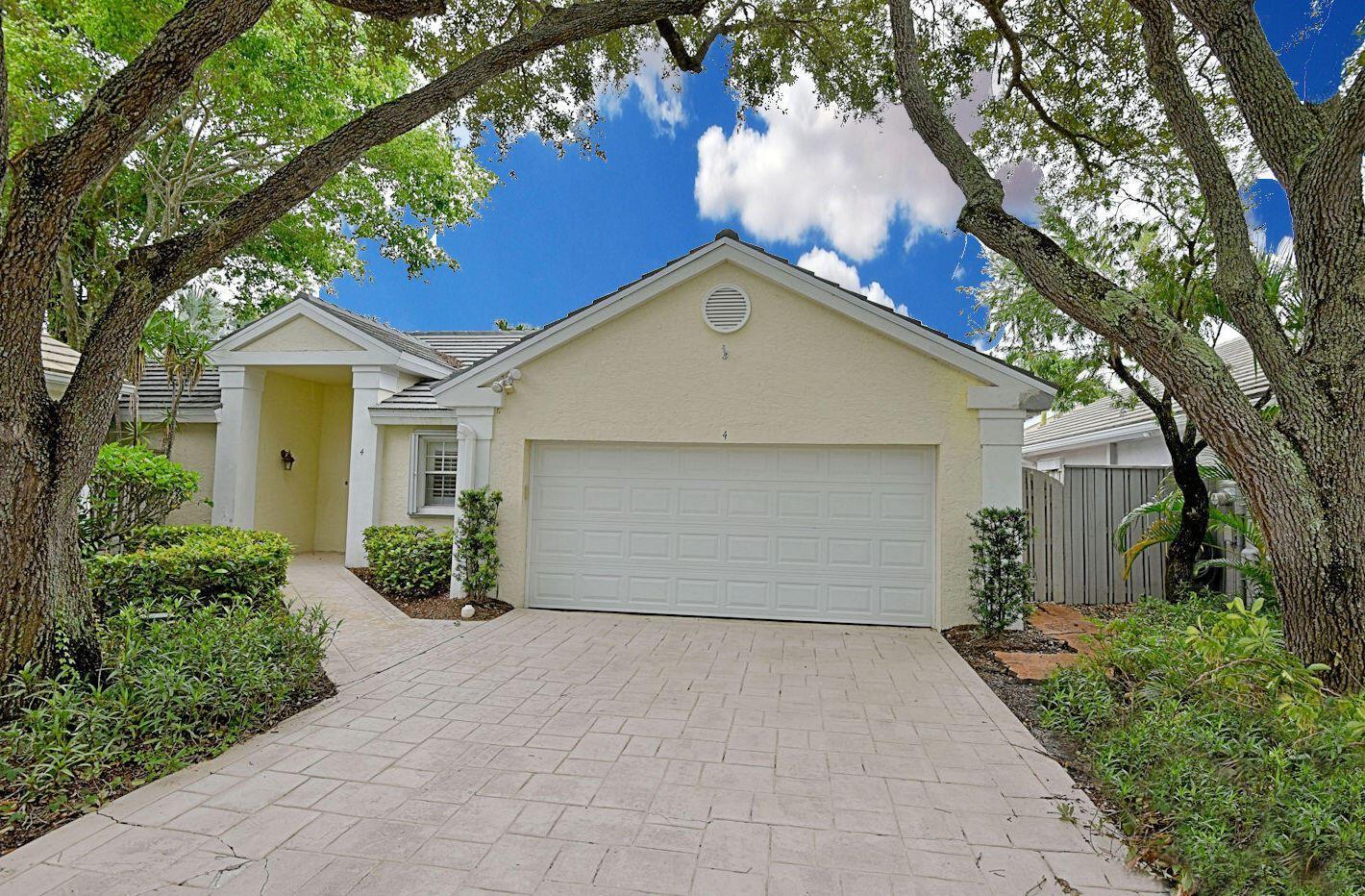 4 Commodore Place, Palm Beach Gardens, FL 33418 - MLS#: RX-10729804