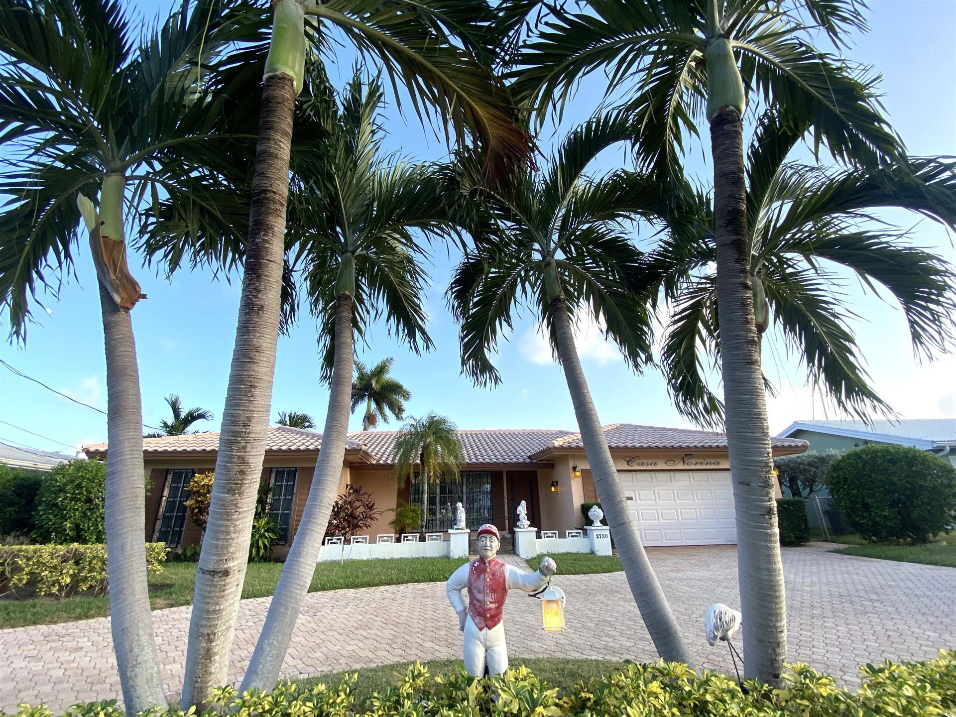 Photo of 2730 NE 6th Street, Pompano Beach, FL 33062 (MLS # RX-10733804)