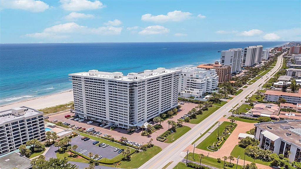 Photo of 2000 S Ocean Boulevard #4-G, Boca Raton, FL 33432 (MLS # RX-10550807)