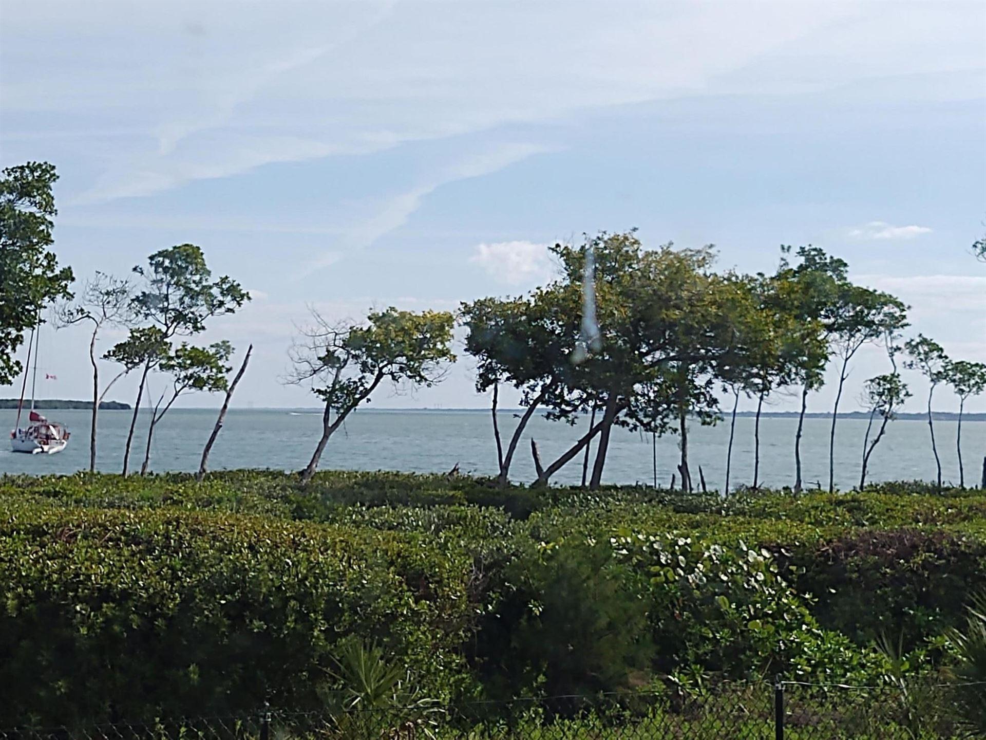 26 Harbour Isle Drive #105, Fort Pierce, FL 34949 - #: RX-10603808