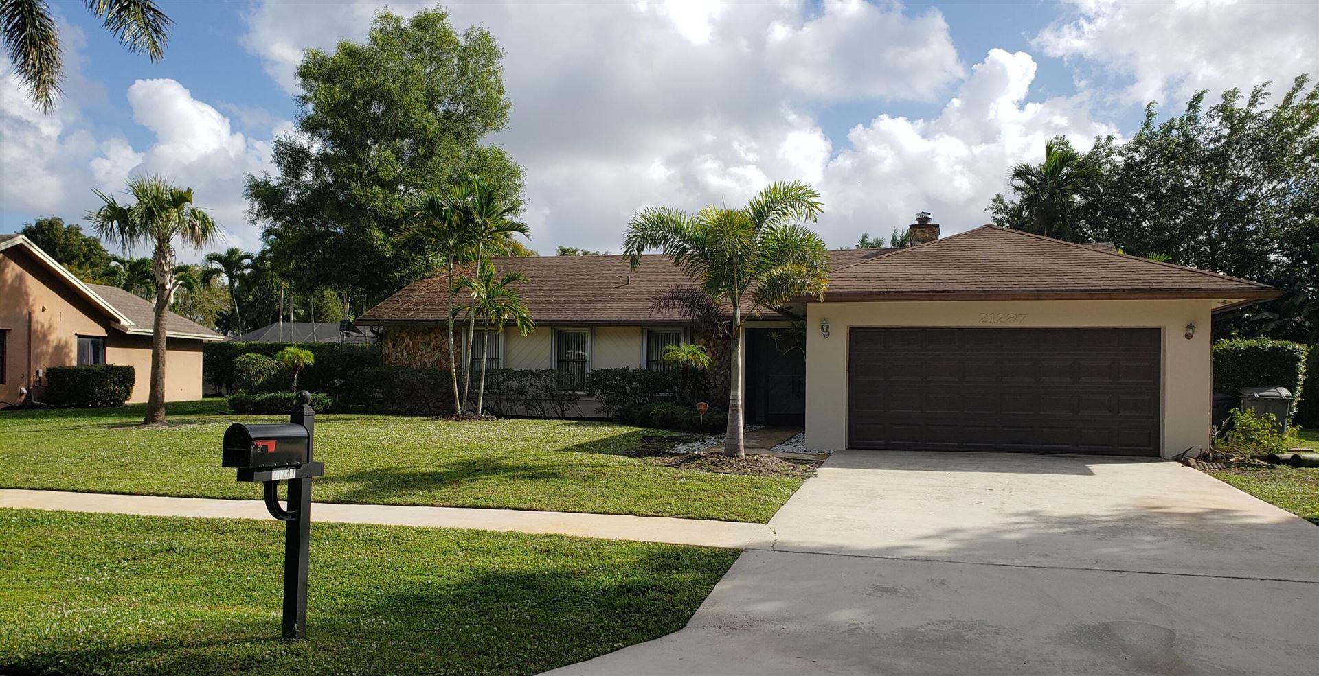Photo of 21287 Purple Sage Lane, Boca Raton, FL 33428 (MLS # RX-10753808)