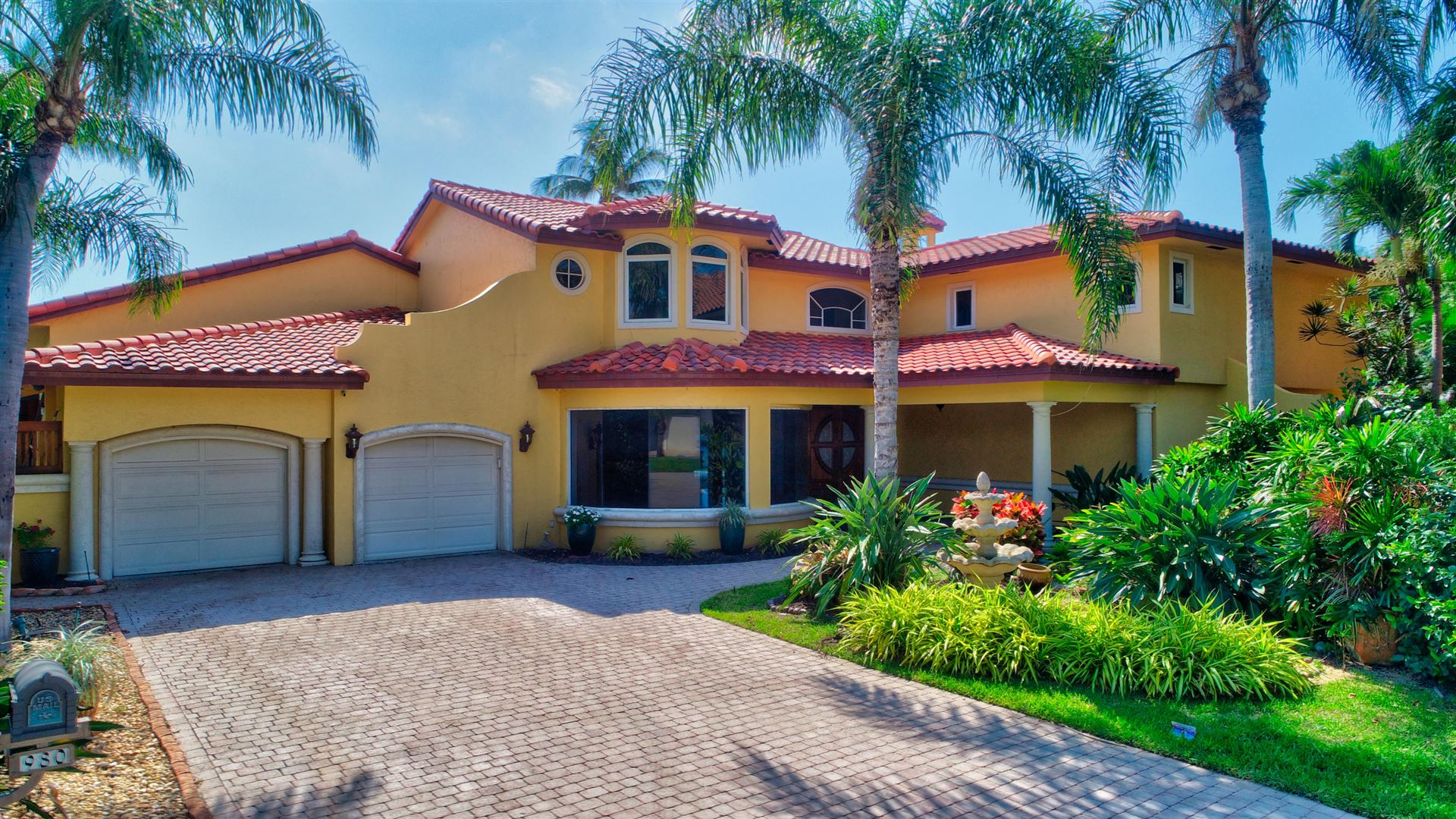 Photo of 980 Evergreen Drive, Delray Beach, FL 33483 (MLS # RX-10708810)