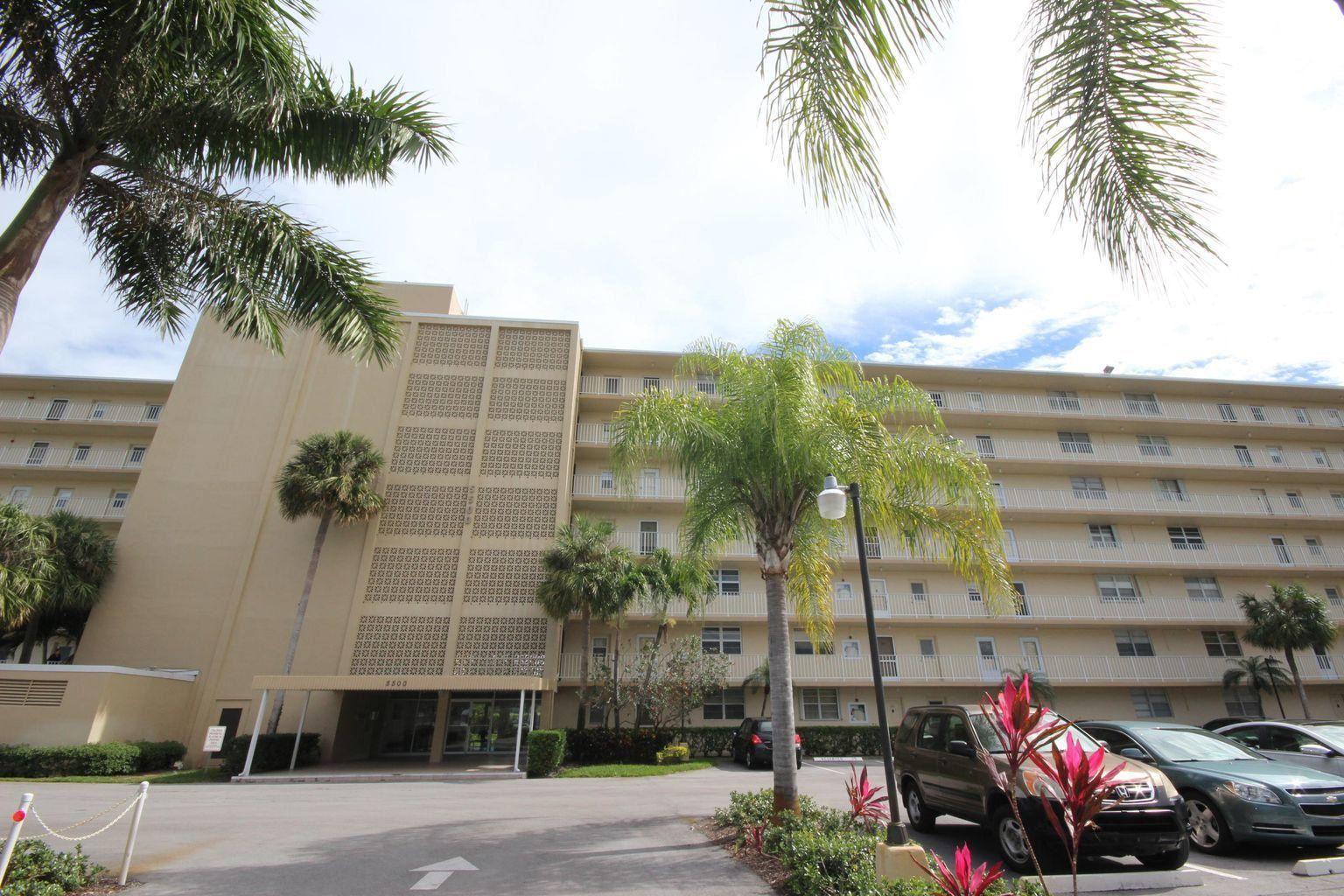 Photo of 5500 NW 2nd Avenue #724, Boca Raton, FL 33487 (MLS # RX-10733810)