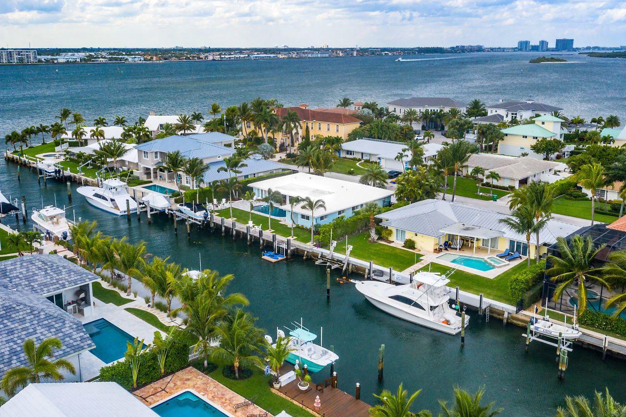 Photo of 1041 Gulfstream Way, Singer Island, FL 33404 (MLS # RX-10646811)
