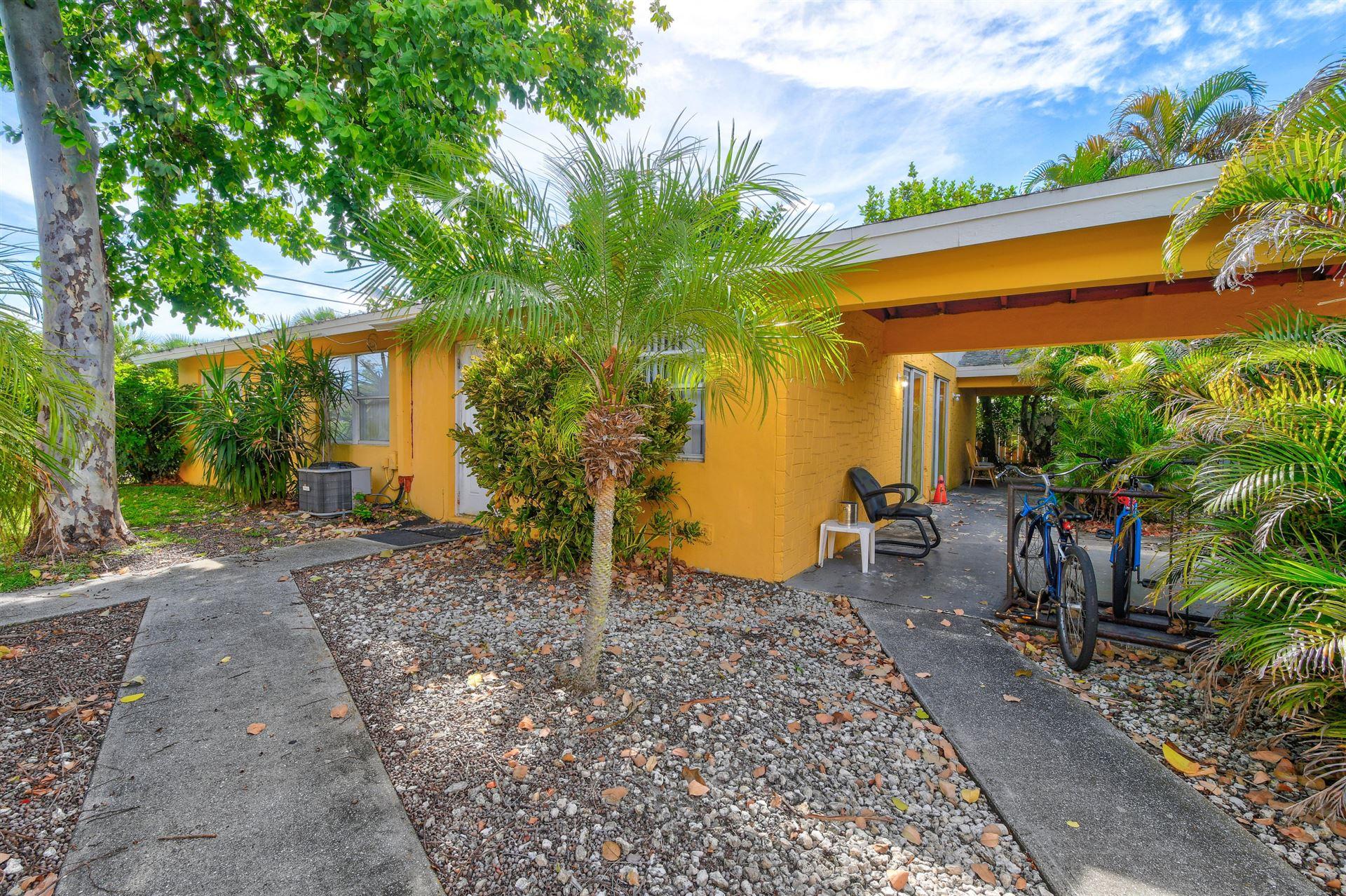 592 Holly Drive #A & B, Palm Beach Gardens, FL 33410 - #: RX-10647811