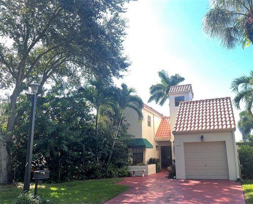 Photo of 6190 Via Tierra, Boca Raton, FL 33433 (MLS # RX-10746812)