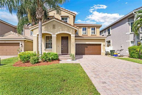Photo of 1290 W Magnolia Circle, Delray Beach, FL 33445 (MLS # RX-10747813)
