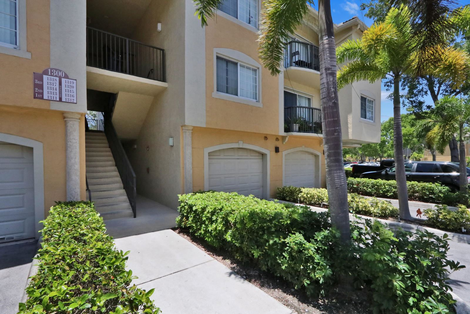 Photo for 1300 Crestwood Court S #1315, Royal Palm Beach, FL 33411 (MLS # RX-10624814)