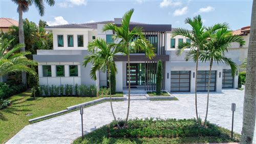 Photo of 17814 Scarsdale Way, Boca Raton, FL 33496 (MLS # RX-10543816)