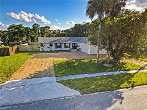 Photo of 2674 Lone Pine Road, Palm Beach Gardens, FL 33410 (MLS # RX-10754817)
