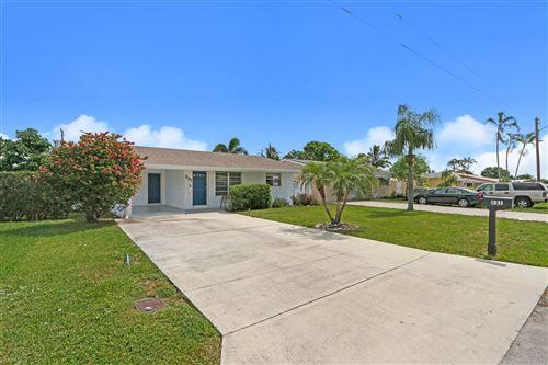 Photo of 231 SW 9th Avenue, Boynton Beach, FL 33435 (MLS # RX-10638818)