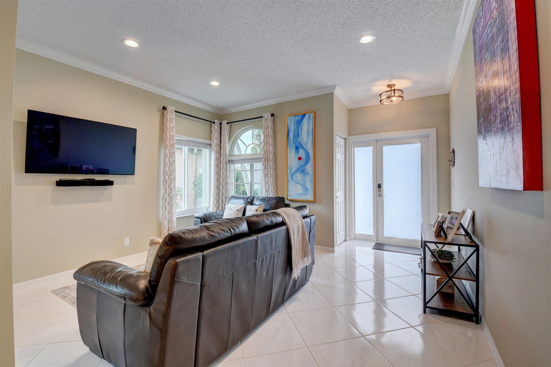 Photo of 1402 SW 45th Way, Deerfield Beach, FL 33442 (MLS # RX-10653820)