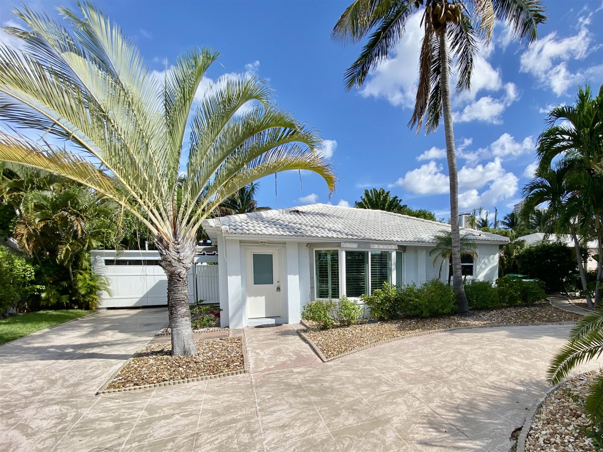 Photo of 1140 Beach Road, Riviera Beach, FL 33404 (MLS # RX-10748821)