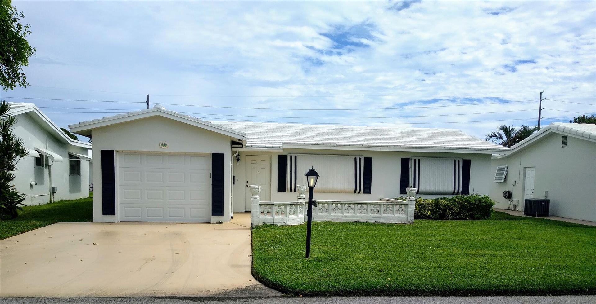 Photo of 114 SW 8th Court, Boynton Beach, FL 33426 (MLS # RX-10753822)