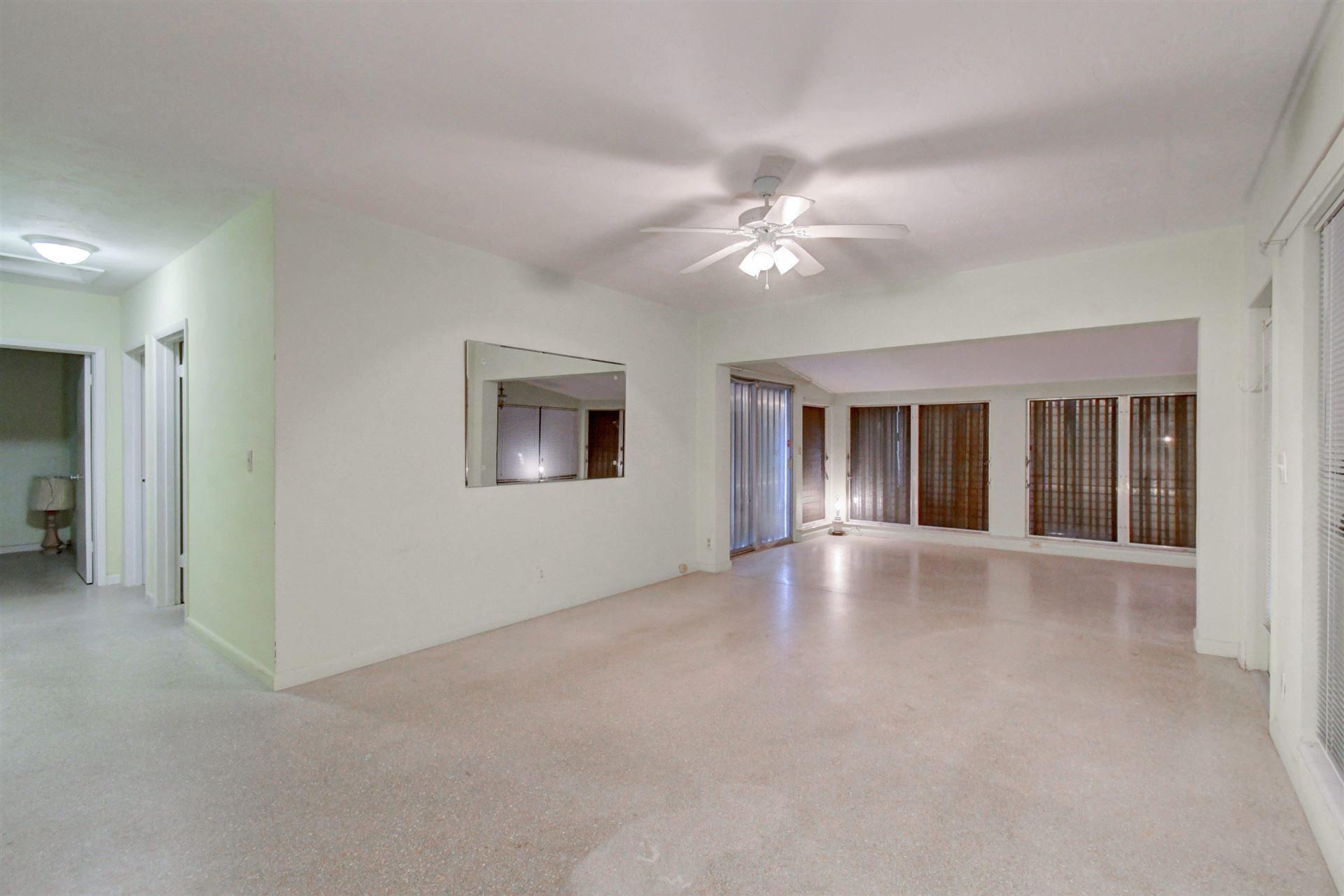 402 S 9th Street, Lantana, FL 33462 - MLS#: RX-10672823