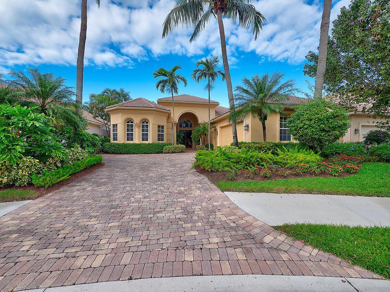 Photo of 112 Coconut Key Court, Palm Beach Gardens, FL 33418 (MLS # RX-10676824)