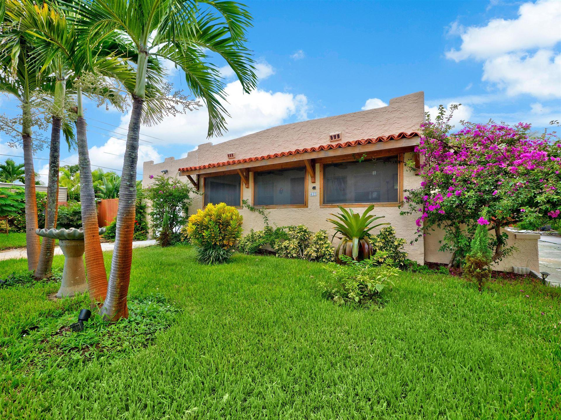423 Oxford Street, West Palm Beach, FL 33405 - #: RX-10564825