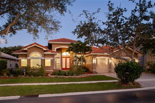 Photo of 19432 Saturnia Lakes Drive, Boca Raton, FL 33498 (MLS # RX-10593826)