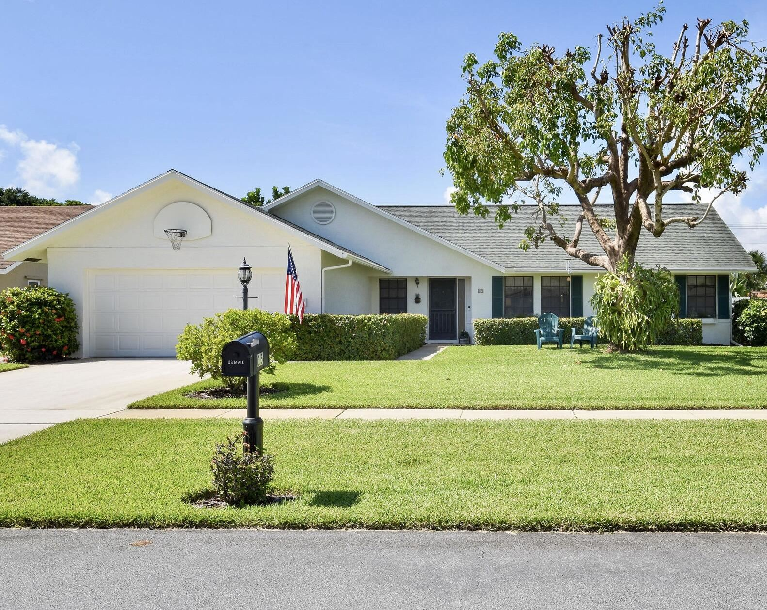 15 Cedar Circle, Boynton Beach, FL 33436 - #: RX-10731826
