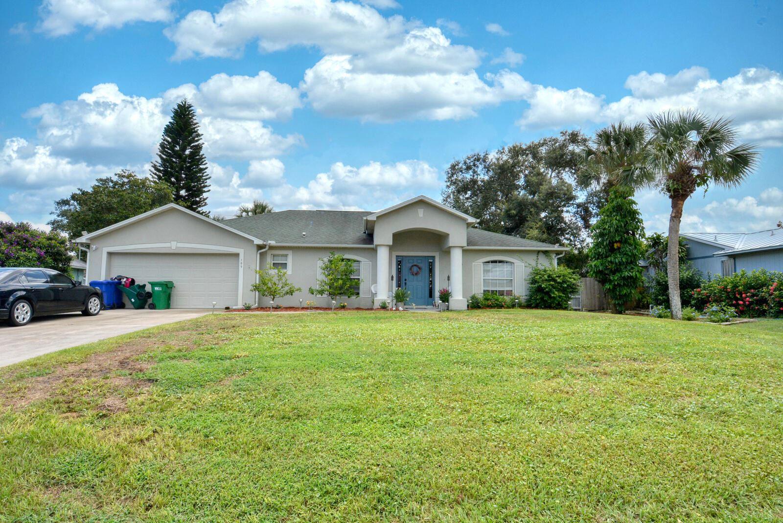 Photo of 109 Redgrave Drive, Sebastian, FL 32958 (MLS # RX-10743827)