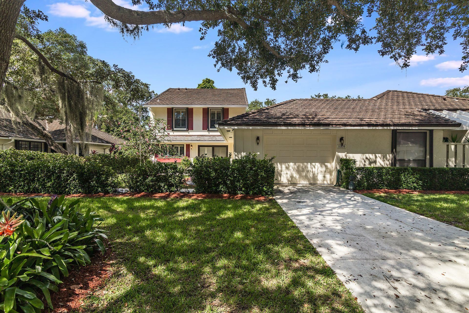 11395 Twelve Oaks Way #With 50\' Slip &, North Palm Beach, FL 33408 - #: RX-10659829