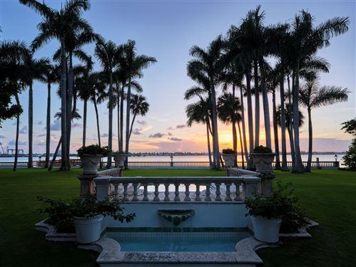 Photo of 174 Via Del Lago, Palm Beach, FL 33480 (MLS # RX-10678830)