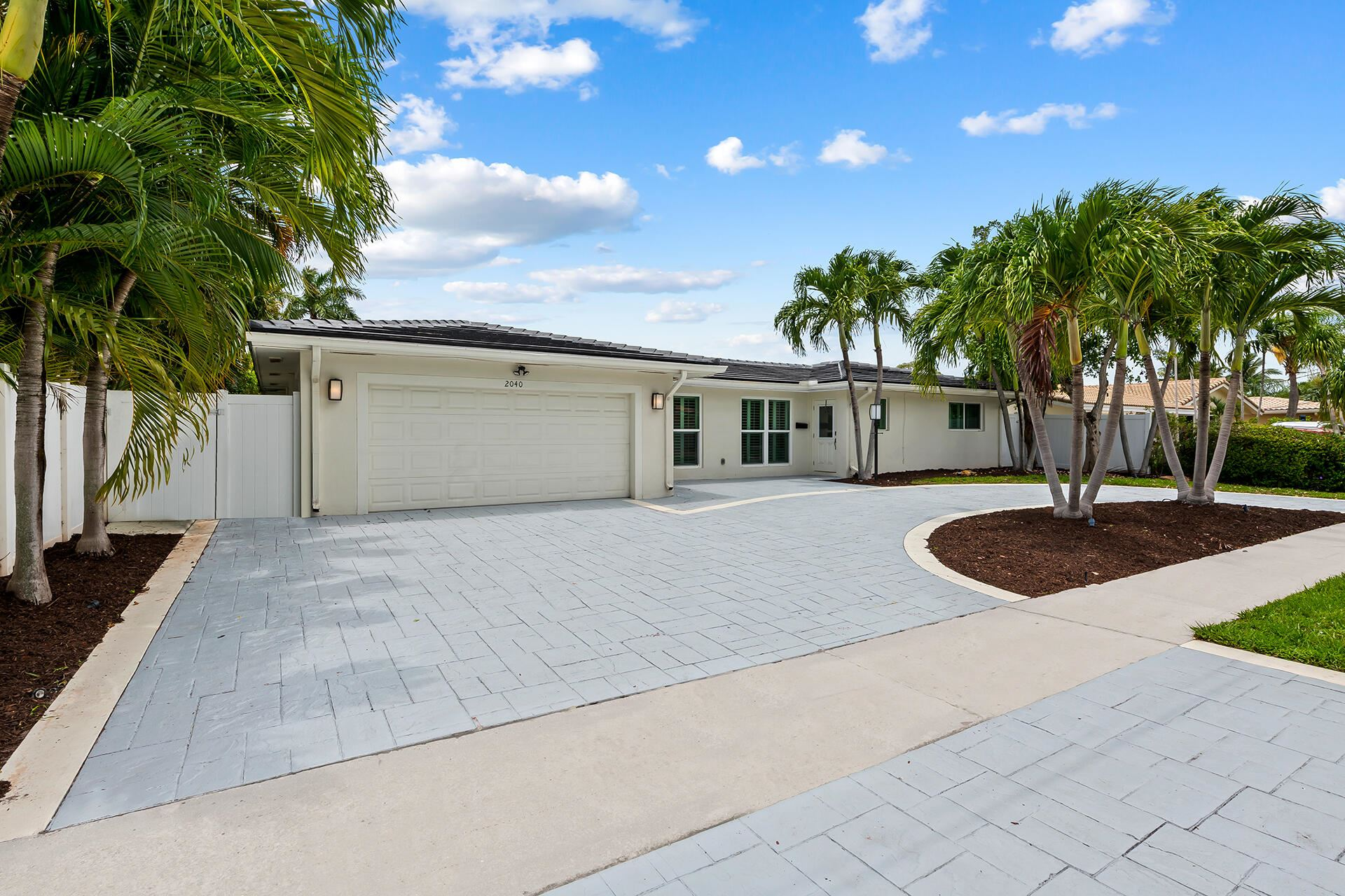 Photo of 2040 NE 65 Street, Fort Lauderdale, FL 33308 (MLS # RX-10729831)