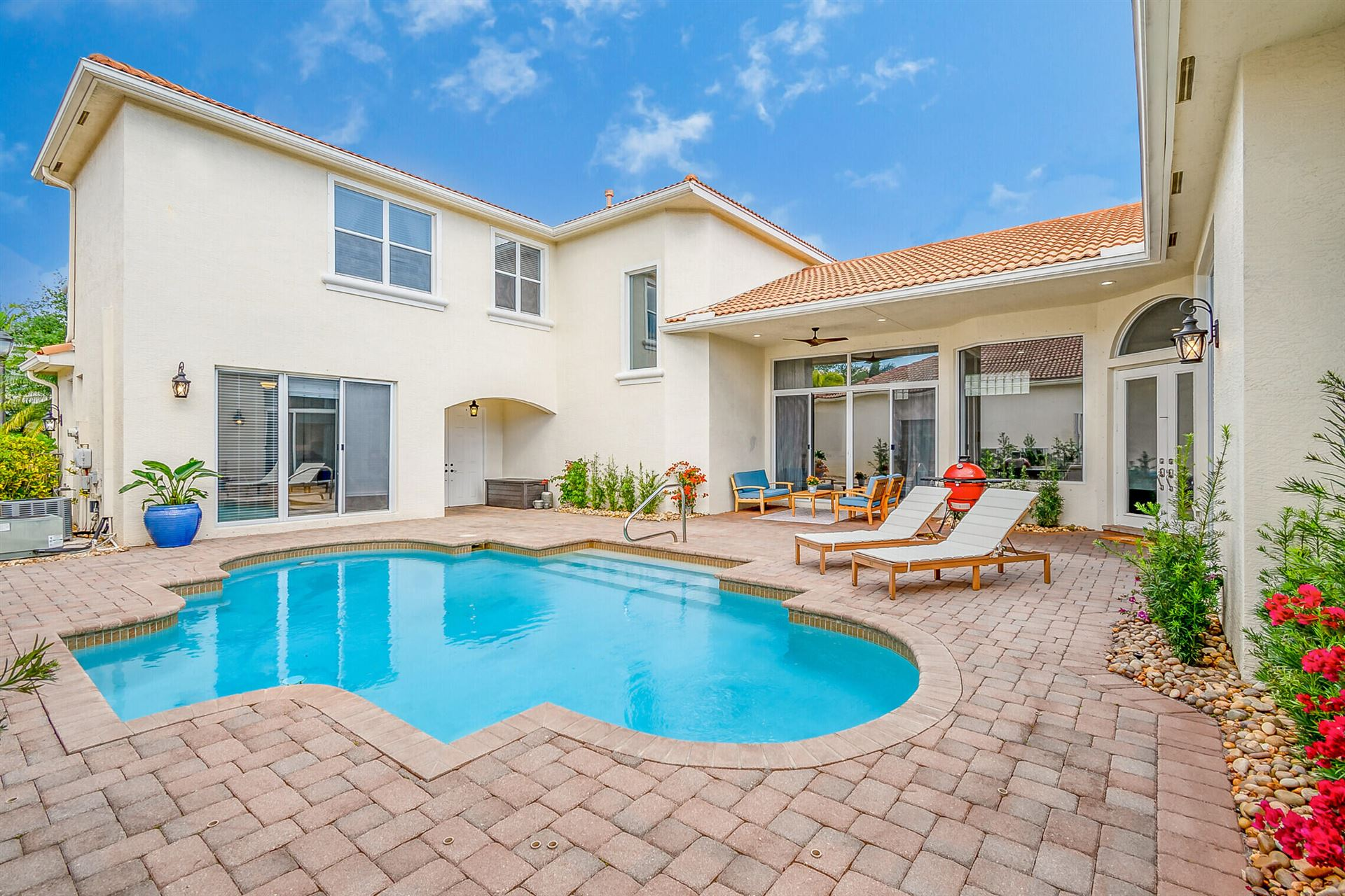 Photo of 214 Sedona Way, Palm Beach Gardens, FL 33418 (MLS # RX-10708833)