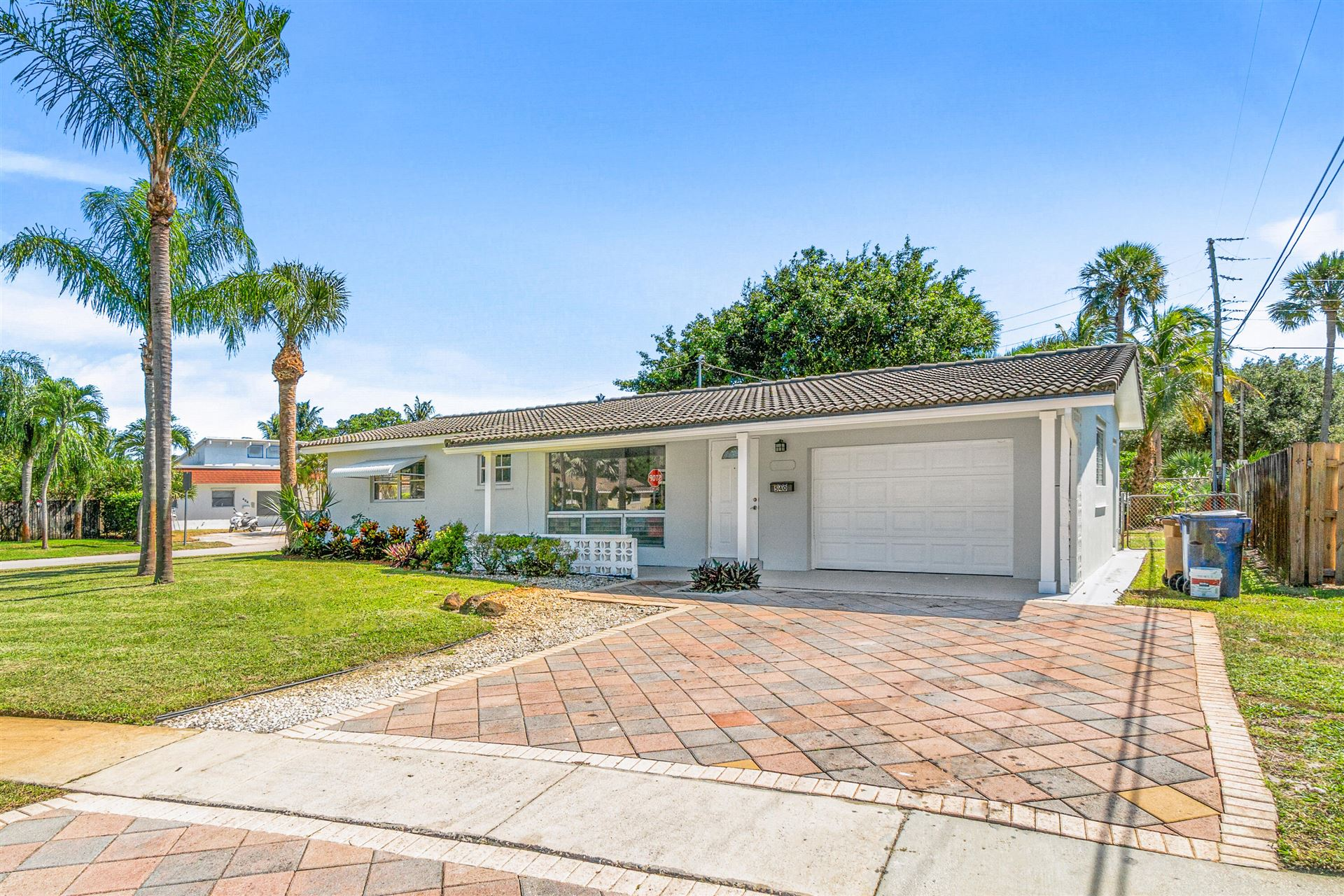 Photo of 540 SE 4 Street, Deerfield Beach, FL 33441 (MLS # RX-10750834)